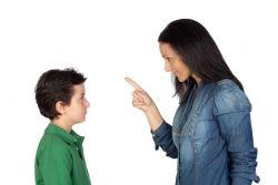 Hal Ini yang Perlu Dipertimbangkan Sebelum Memarahi Anak