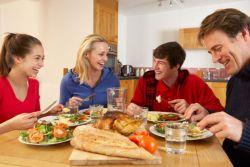 Ingin Hubungan Anak dan Orangtua Tetap Harmonis? Ini Tipsnya
