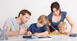 Tips Agar Tidak Terjebak Menjadi Hyper Parenting