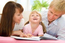 Ciptakan Rasa Bangga Anak kepada Orangtua