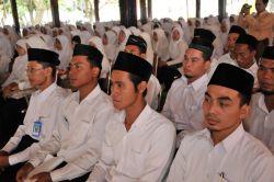 Hore, Peningkatan Tunjangan Guru Diniyah Naik 100 Persen