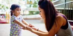 Mengajar Anak Bagaimana Menghormati Orang Lain