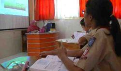 Siswa Tetap Aktif Belajar di Sekolah, dengan Manfaatkan CD