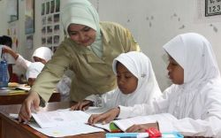 Guru di Harapkan Tidak Terlalu Kaku dalam Memberikan Pelajaran Matematika