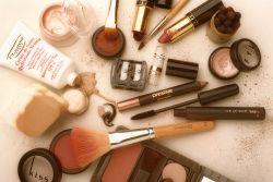 Perhatikan Tanggal Kadaluarsa Make Up!
