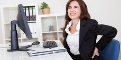 Duduk Lama di Depan Komputer? Ini Tips Sehatnya