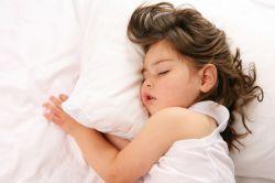 Sering Dipusingkan untuk Bangunkan Anak di Pagi Hari? Simak Tips Berikut Yuk!