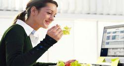 Makan Sehat dan Hemat? Yuk! Bawa Bekal ke Kantor