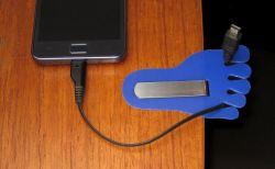 Kemasan Bekas Menjadi Tempat Charge Barang Elektronik