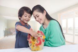 Pentingnya Mengajar Anak Menabung Sejak Dini