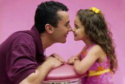 Tips untuk Tetap Dekat dengan Anak Meski Sibuk Bekerja