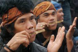 Berbagai Alat Musik Unik Khas Indonesia