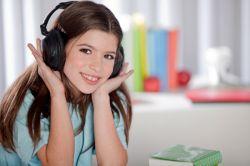 Ada Apa dengan Cinta Anak pada Lagu Anak?
