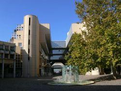 Raih Beasiswa S2 2015/2016 di Ens De Lyon, Prancis