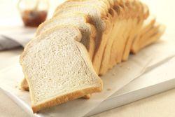 Jangan Dibuang, Kulit Roti Ternyata Bisa Mencegah Kanker!