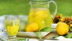 Inilah Mengapa Anda Harus Mengkonsumsi Jus Lemon di Pagi Hari