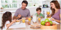 Pentingnya Makan Bersama Keluarga di Rumah