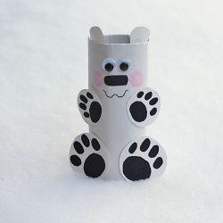 Beruang Salju dari Karton