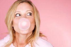Mengunyah Permen Karet: Cara Baru Menghilangkan 100 Juta Bakteri pada Gigi!