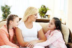 Pentingnya Menjadi Pendengar yang Baik bagi Anak
