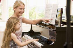 Langkah Mudah Agar Anak Kreatif dan Happy