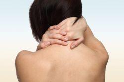 Cara Ampuh Memutihkan Kulit Gelap pada Leher