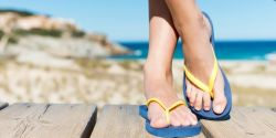 Ini Bahayanya Memakai Sandal Jepit