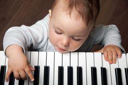 Benarkah Musik Bisa Tingkatkan Prestasi Akademik Anak?