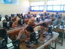 Sebanyak 400 Sekolah di Jakarta Lolos Verifikasi UN Online