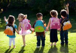 Lingkungan Membentuk Kepribadian Anak