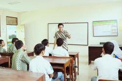 Guru Belum Kantongi Ijasah S1, Terancam Dilarang Mengajar
