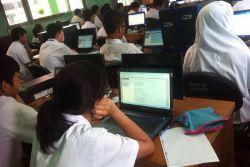 Sebanyak 700 Sekolah Siap UN Online