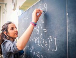 Yuk! Belajar Matematika dengan Mathematics Mentor