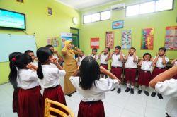 Djarum Fondation Bersama PT Bank Negara Indonesia Mengadakan Program Pakem bagi Ratusan Guru