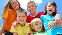 Menjadikan Anak Pribadi yang Gembira
