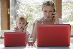 Perilaku Orang Tua sebagai Model bagi Perilaku Anak