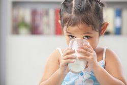 Manfaat Dibalik Minum Susu Dingin