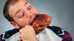 Fakta Mengejutkan! Ternyata Makan Malam Membuat Anda Bodoh