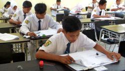 UN SMP 2015: Naskah Soal Ujian Nasional SMP Mulai Didistribusikan