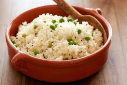 Cara Baru Masak Nasi untuk Kurangi Kalorinya