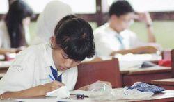 Puluhan Ribu Siswa SMP/MTs Bogor Ikuti Ujian Nasional 2015