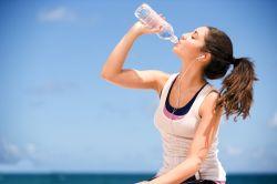 Tanda-Tanda Anda Harus Minum Air Sekarang Juga