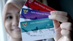 Presiden Jokowi Salurkan Kartu Indonesia Pintar (KIP) di Manokwari