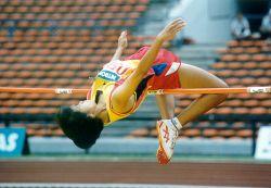 Sarana dan Prasarana untuk Olahraga Lompat Tinggi