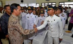 Presiden Jokowi Lantik 1.974 Pamong Praja Muda Ipdn