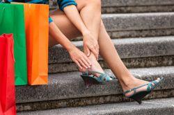 Cegah Lecet Saat Memakai Sepatu Baru