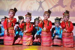Ajak Anak Cintai Budaya Indonesia dengan Cara Berikut Ini!