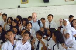 Konferensi Tahunan Pengajar di Seluruh Dunia Diadakan di Bali