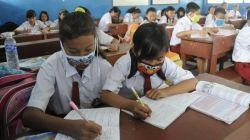 Kemdikbud Salurkan Ribuan Masker ke Berbagai Kota Terdampak Kabut Asap