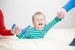 Inilah Tips Jitu Hadapi Anak yang Cengeng